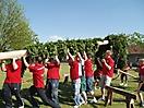 Maibaum aufstellen 2009_37