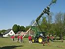 Maibaum aufstellen 2009_59