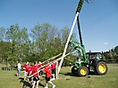 Maibaum aufstellen 2009_61
